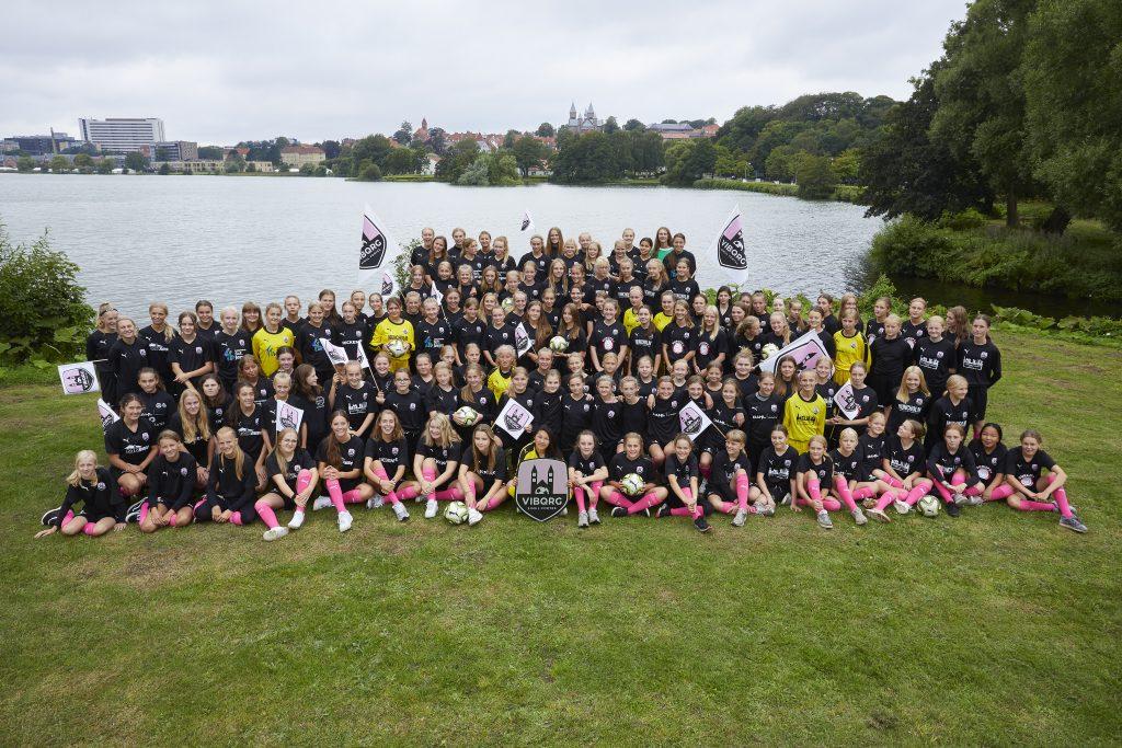 7 lokale pigeklubber forenes om pigefodbolden