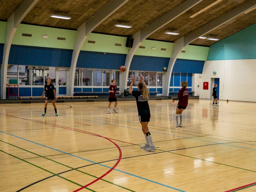 Nu genåbnes indendørs idræts- og foreningsliv